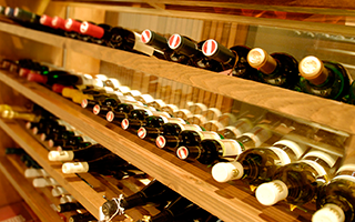 オーストリアワイン大使のソムリエがいます Sommelier Austrian wine ambassador